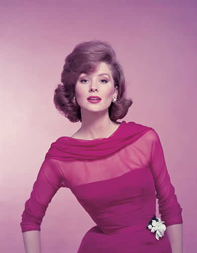 Suzy Parker 50s vintage fashion model pink