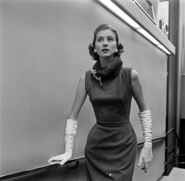 Aug1950-Parker-Leen
